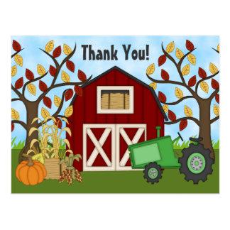 Cartão Postal Trator verde bonito e obrigado da fazenda do
