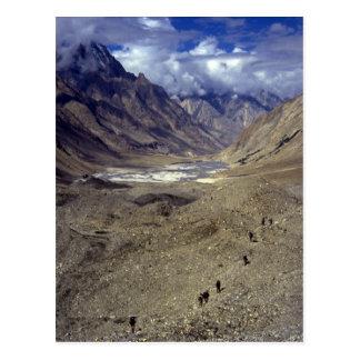 Cartão Postal Trekking no Karakorams, Paquistão do norte