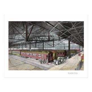 Cartão Postal Trem derramado na estação da união