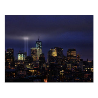 Cartão Postal Tributo de WTC na luz - 9/11/2011 no twiight