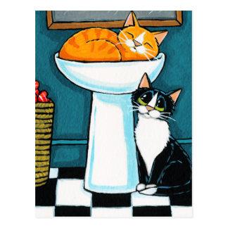 Cartão Postal Tux e gatos de gato malhado na ilustração do