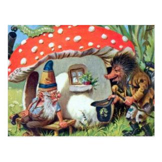 Cartão Postal Um gnomo que vive em uma casa de campo do cogumelo