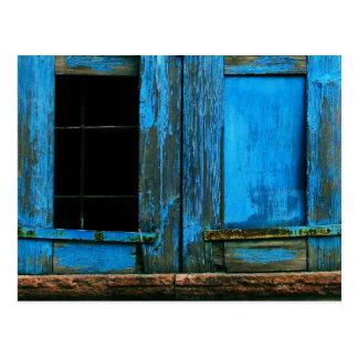 Cartão Postal Uma piscina azul velha rústica bonita do obturador