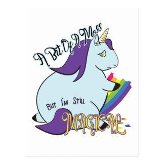 Cartão Postal Unicórnio carnudo que come um arco-íris - uma