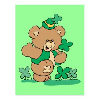 Cartão Postal Urso de ursinho do dia de St Patrick