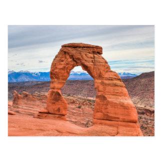 Cartão Postal Utá, EUA. Arco delicado no parque nacional dos
