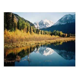 Cartão Postal Vale de Eagle River do outono