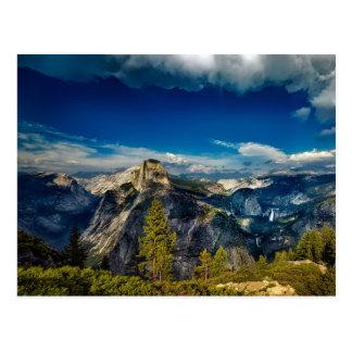 Cartão Postal Vale vazio de Yosemite no parque nacional de