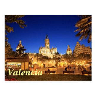 Cartão Postal Valência: Plaza Ayuntamiento em a noite
