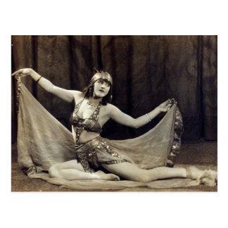 Cartão Postal Vaudeville encantador do dançarino de barriga do