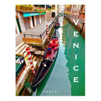 Cartão Postal Veneza, Italia (IT) - estação colorida da gôndola