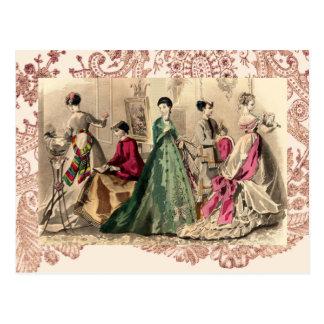 Cartão Postal Vestido do Victorian com arco cor-de-rosa