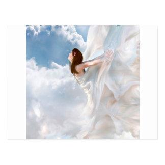 Cartão Postal Vestido nebuloso da vibração do anjo abstrato