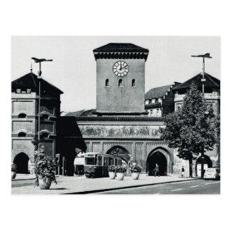 Cartão Postal Vintage Alemanha, estação e bonde, os anos 50