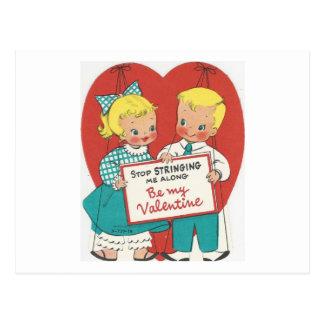 """Cartão Postal Vintage de """"namorados do casal nenhumas cordas"""""""
