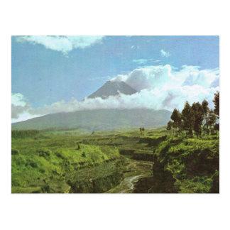 Cartão Postal Vintage Indonésia, vulcão de Merapi