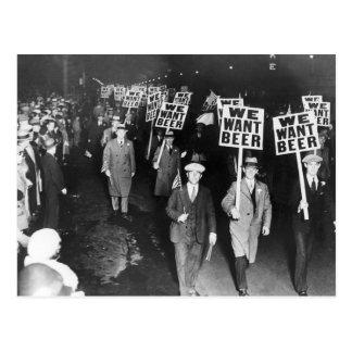 Cartão Postal Vintage nós queremos o protesto da proibição da