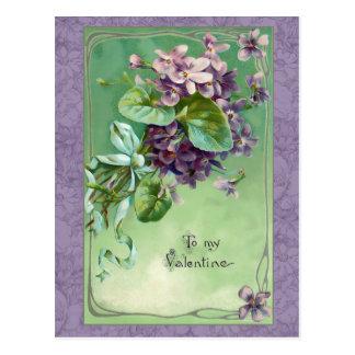 Cartão Postal Violetas e fitas dos namorados do vintage
