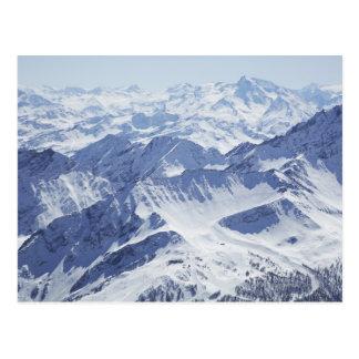 Cartão Postal Vista aérea de montanhas cobertos de neve