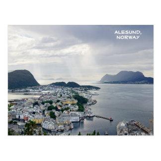 Cartão Postal Vista de Alesund, mar norueguês, Noruega