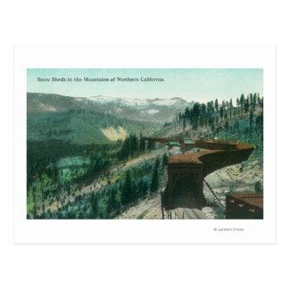 Cartão Postal Vista de vertentes da neve sobre trilhas do trem