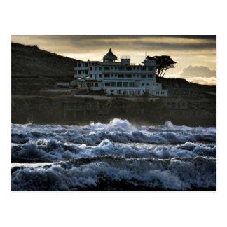 Cartão Postal Vista tormentoso, hotel da ilha do Burgh, Devon