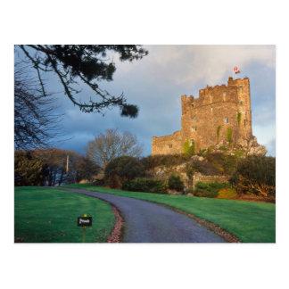 Cartão Postal Wales - um castelo privado de galês perto do St.