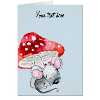 Cartão Pouco rato cinzento do sono sob o cogumelo