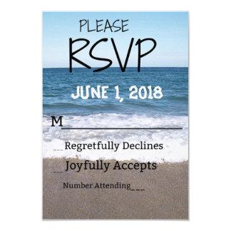 Cartão Praia no oceano que Wedding RSVP