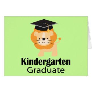 Cartão Presente bonito da graduação do jardim de infância