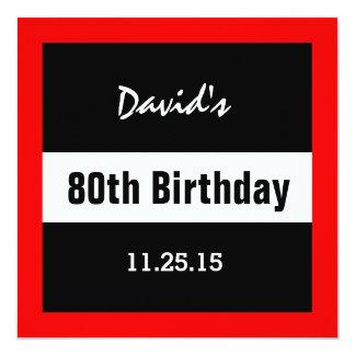 Cartão preto do aniversário do 80 com costume vermelho