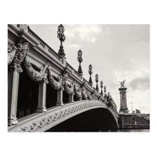 Cartão preto e branco de Pont Alexandre III Paris