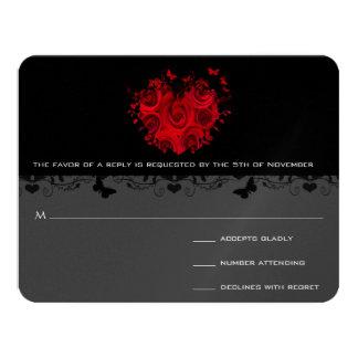 Cartão Preto RSVP metálico do coração da rosa vermelha da