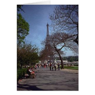 Cartão Primavera em Paris