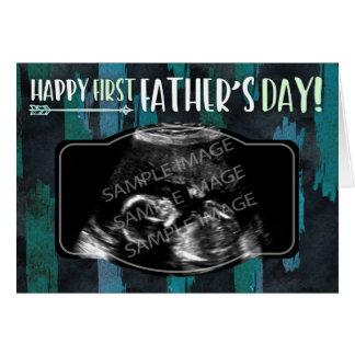Cartão Primeiro dia dos pais feliz - foto feita sob