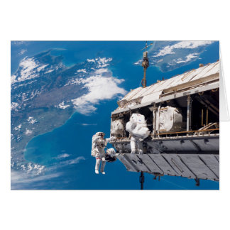 Cartão Promovendo a estação espacial internacional