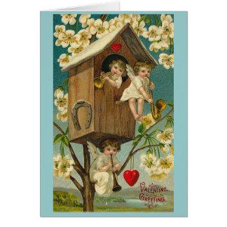 Cartão Querubins da casa na árvore do dia dos namorados