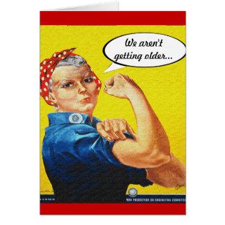 Cartão Rebitador de Rosie - aniversário, nós não estamos