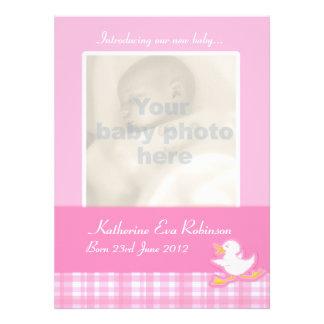 Cartão recém-nascido do anúncio da foto - verifica convites personalizado