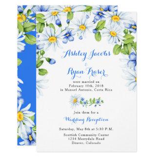 Cartão Recepção de casamento azul do cargo da margarida