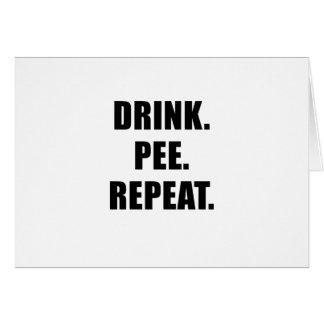 Cartão Repetição do xixi da bebida