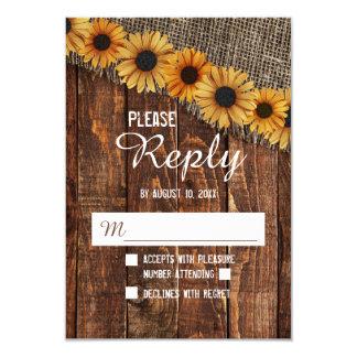 Cartão Resposta rústica RSVP do casamento do girassol da
