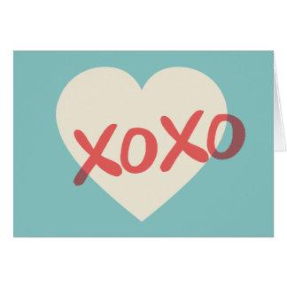 Cartão retro do dia dos namorados do coração XOXO