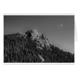 Cartão Rocha crescente da lua e do búfalo