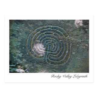 Cartão rochoso do labirinto do vale