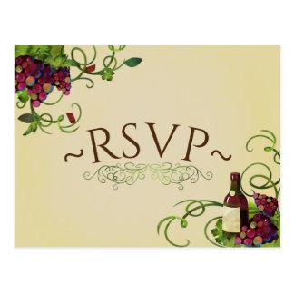 Cartão romântico do vinhedo RSVP do vinho do verão