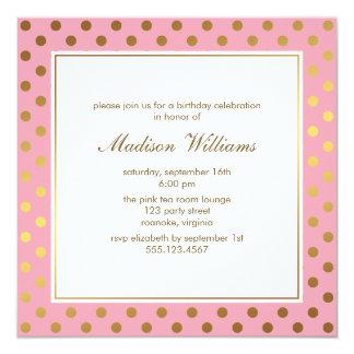 Cartão Rosa e aniversário das bolinhas do ouro