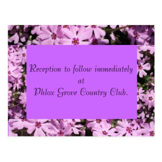 Cartão roxo da recepção de casamento do Phlox