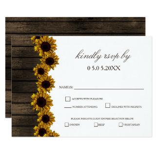 Cartão Rsvp de madeira do casamento do celeiro rústico