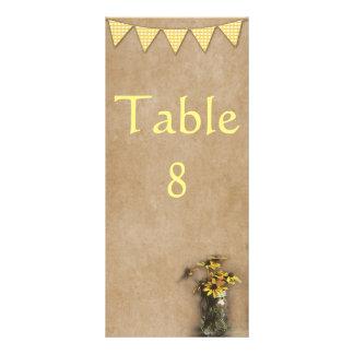Cartão rústico da mesa da recepção do girassol e